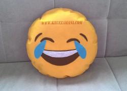 Keçe Gülen Surat Emoji Yastık
