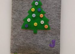 Keçe Düğmeli Yılbaşı Ağacı Kitap Kılıfı