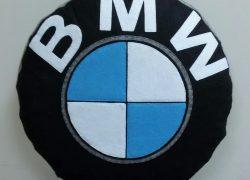 Keçe İşlemeli BMW Yastık