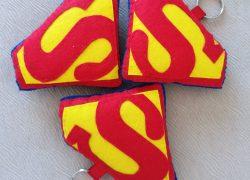 Keçe Süpermen Anahtarlık