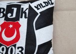 Keçe Beşiktaş İsme Özel Yastık