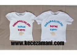 Keçe İşlemeli İkizler tişörtü