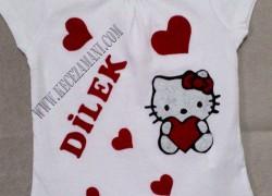 Keçe Hello Kitty Tişört