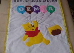 Keçe İşlemeli Winnie the Pooh ve Tigger Battaniye Yastık Takımı